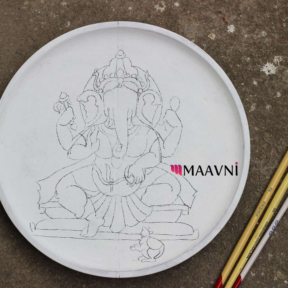 Ganesha PreSketched Wallplate 9 inches with 3 brushes