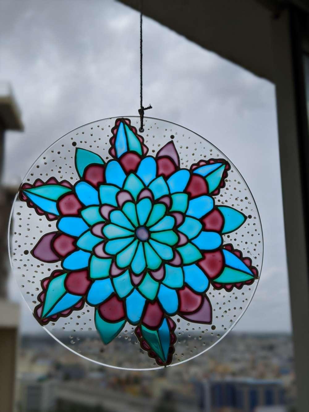 Calm floral suncatcher