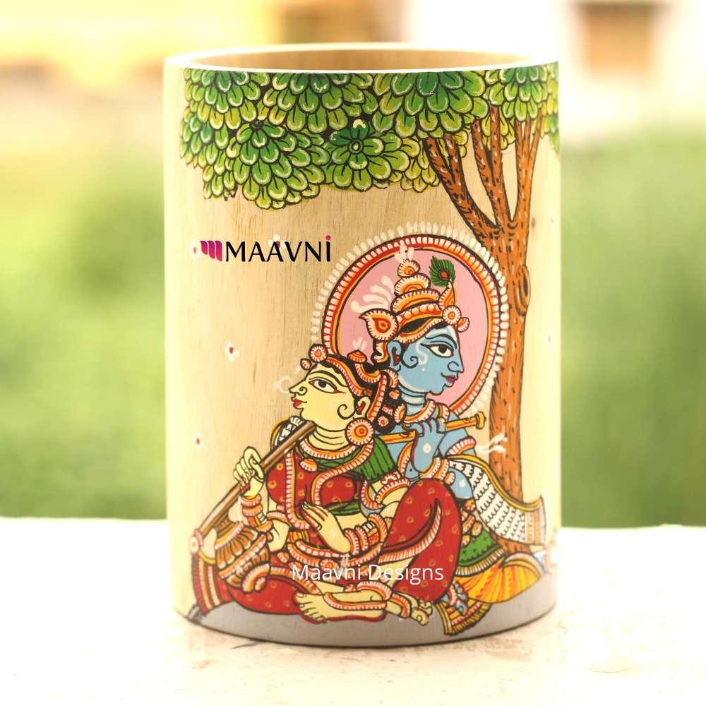 Radha Krishna Sitting Under Tree  Painting Brush Stand