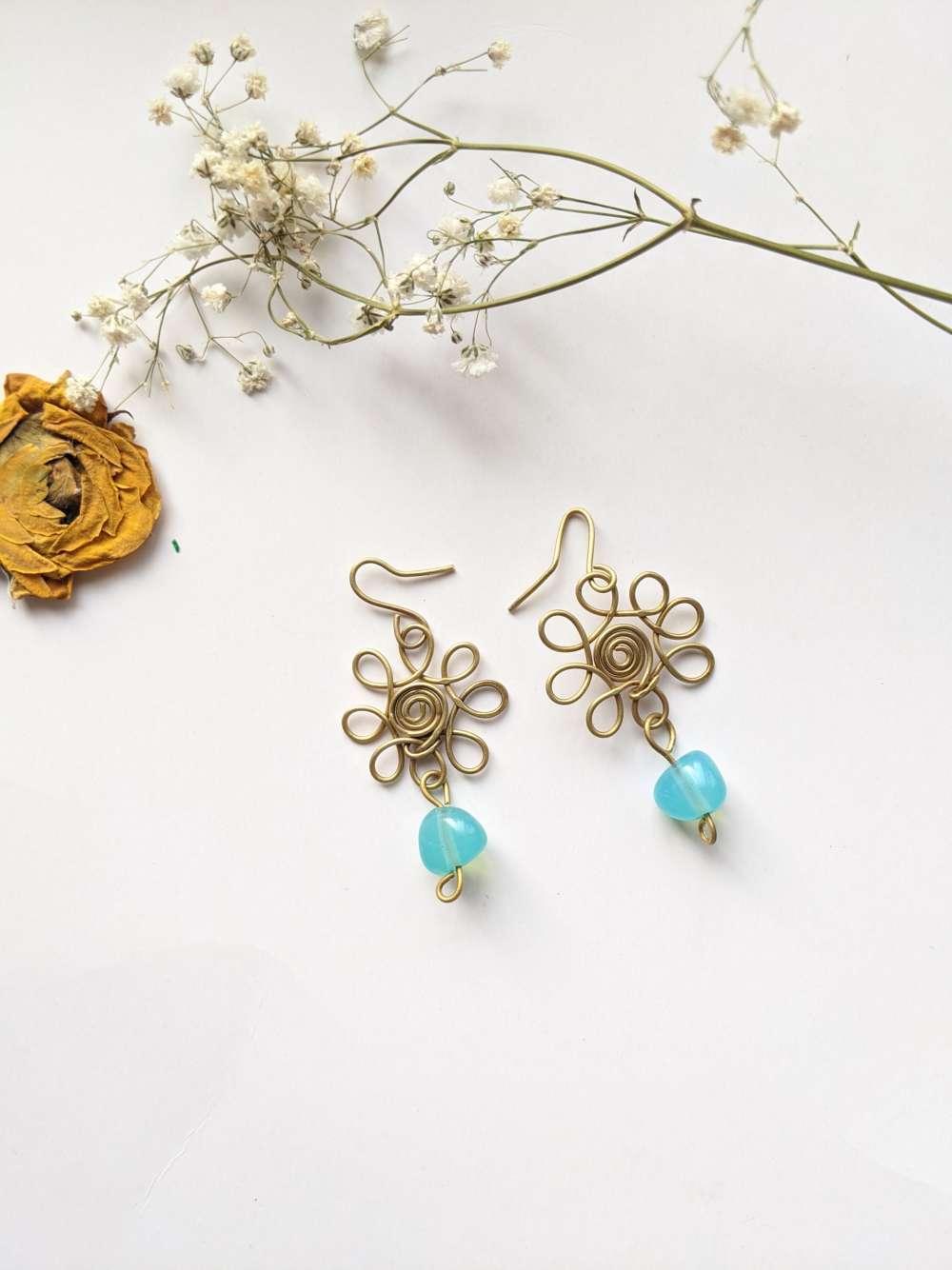 Floral wire earrings danglers