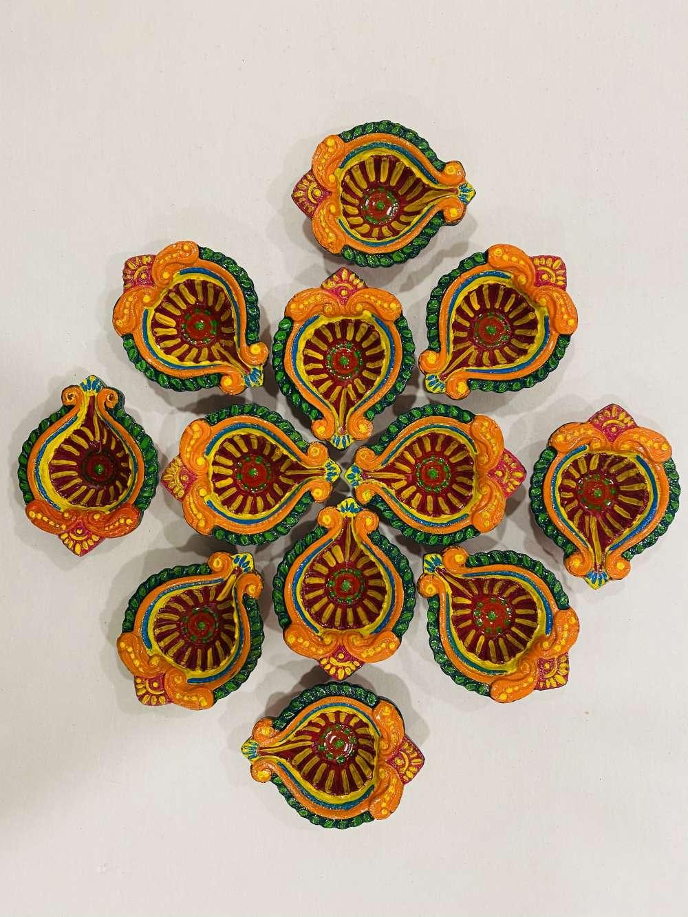Diwali hand painted diyas