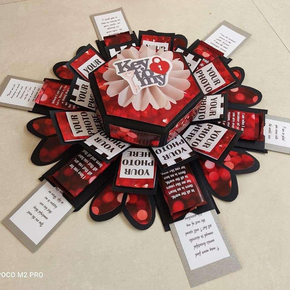 Love Theme Hexagonal Explosion Box